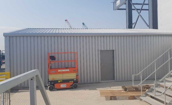 mono pitch steel frame building